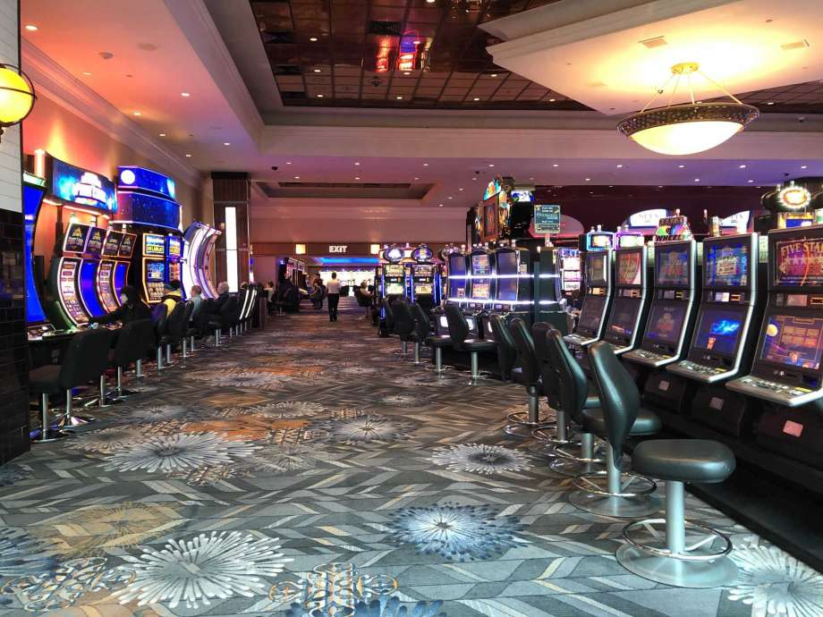In Casino, Right Here Are 5 Vital Points To Know